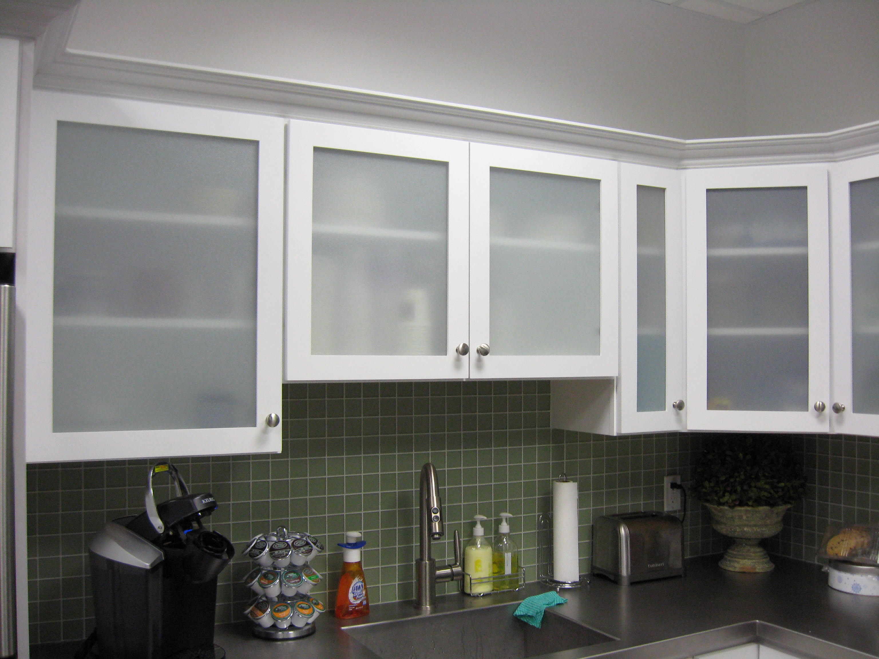 Gl Cabinets And Table Tops